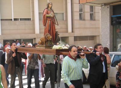 20090907231946-2007-09-16-13-00-procesion-santa-eufemia-010715-20071010-1808020643.jpg