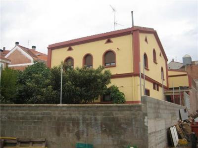 20090922232254-casa-parroquial-arreglada.jpg