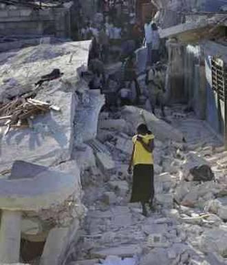 20100121000436-terremoto-en-haiti-300x350.jpg