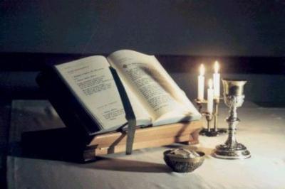 20100215233450-liturgia.jpg