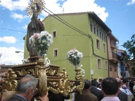 20100906225714-procesion-1.jpg