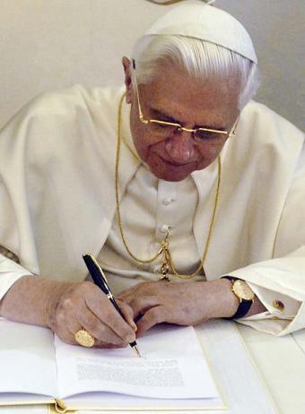 20101111213647-benedicto-xvi.jpg