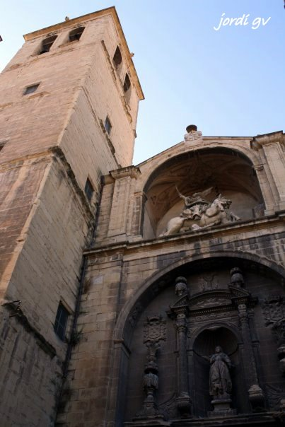 20101130175537-iglesia-de-santiago-el-real-logro-c3-91o-n.jpg