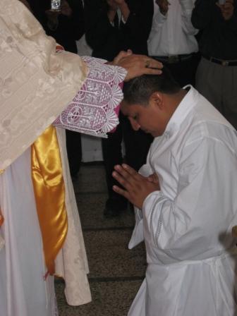 20110115210040-ordenacion-diaconal-117.jpg