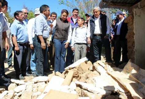 20121111013635-terremoto-sismo-guatemala-san-marcos-afectados-insivumeh-conred-terremotogt-sismogt-preima20121110-0149-38.jpg