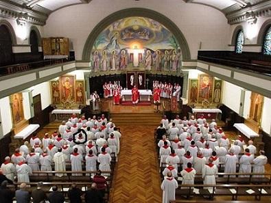 20151130232530-despedida-obispo-omella.jpg