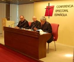 20160708235658-31611-presentacion-del-documento-jesucristo-salvador-del-hombre-en-la-conferencia-episcopal.jpg